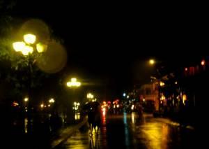 Letni, nocny deszcz...
