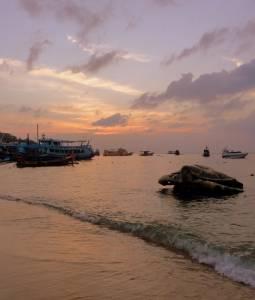 Zachód słońca w okolicach portu