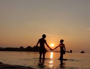 Zachód słońca na Tanjung Rhu Beach