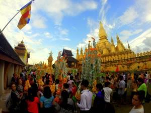 Uroczystość w Wat That Luang