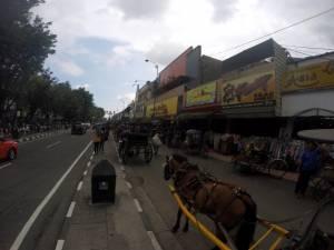 Ulica handlowa w Yogjakarcie