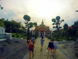 W drodze do Wat Arun