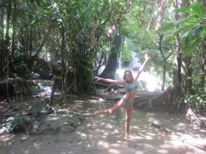 Szczęście przy wodospadach Erawan!