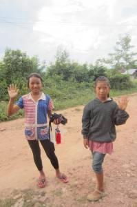Dziewcznki z wioski koło Muang Sing.