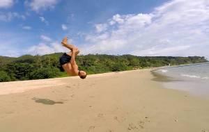 Takie tam ćwiczenia na plaży... ;)