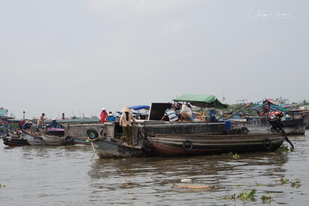 Słynny pływający market