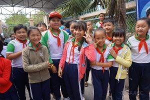 Z wizytą w lokalnej szkole