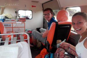 Nawet złapaliśmy ambulans na stopa :D