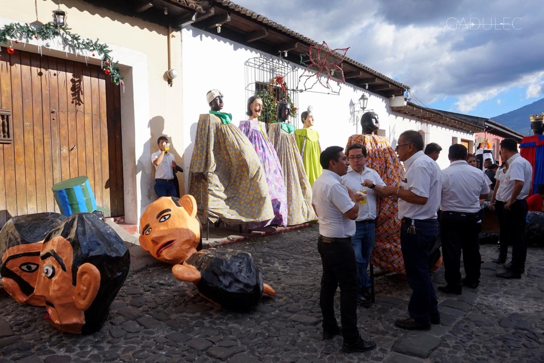 Przygotowania do procesji bożonarodzeniowej (niestety samą procesję przegapiłam...)