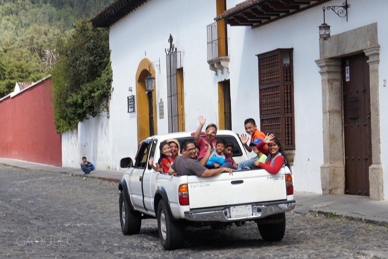 Tak się jeździ w Gwatemali!