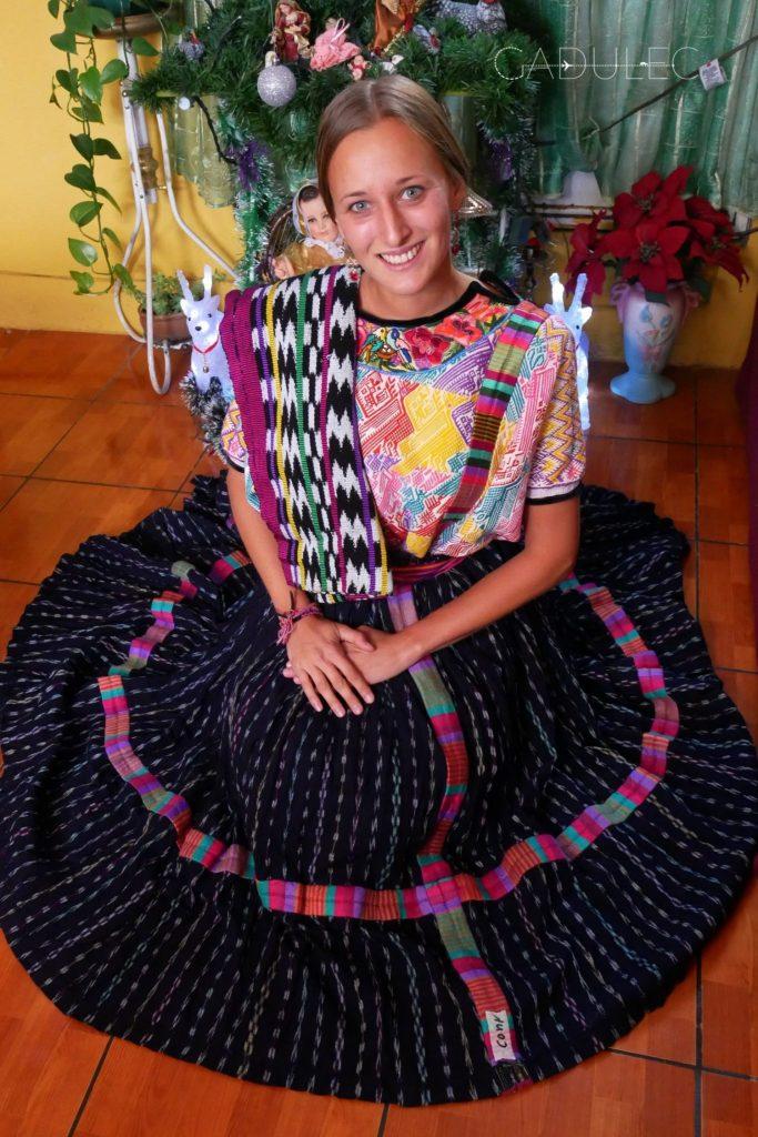Do twarzy mi w tradycyjnym gwatemalskim stroju? ;)