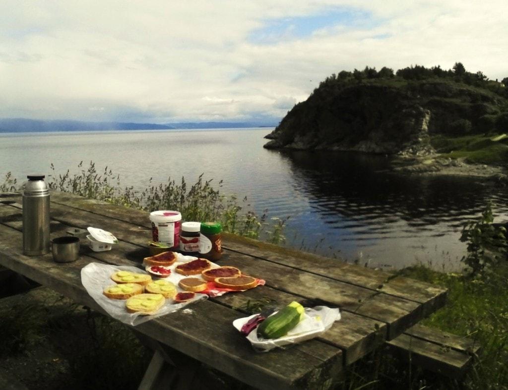 Typowe norweskie śniadanko