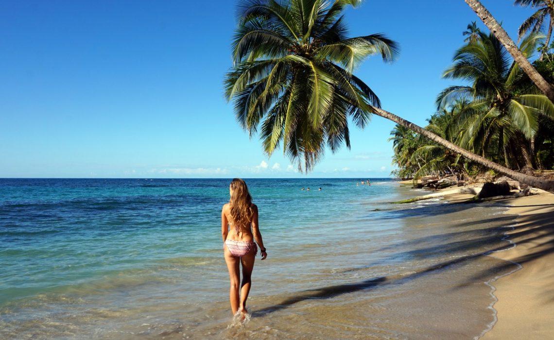 plaze-kostaryki-puerto-viejo-min
