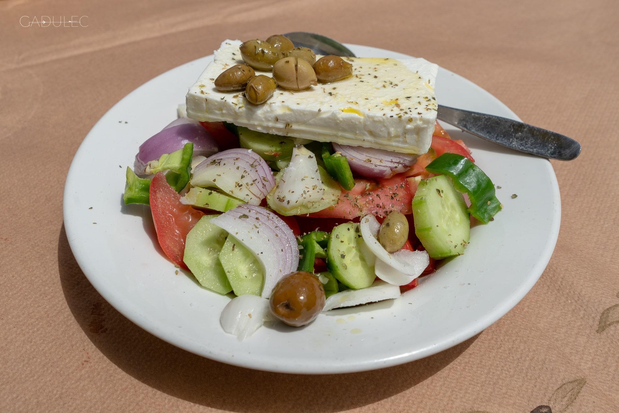 Słynna (i pyszna) sałatka grecka