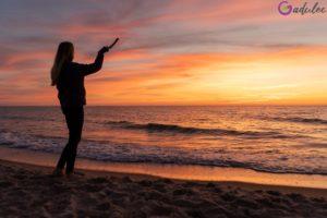 Zachód słońca na plaży w Dąbkach