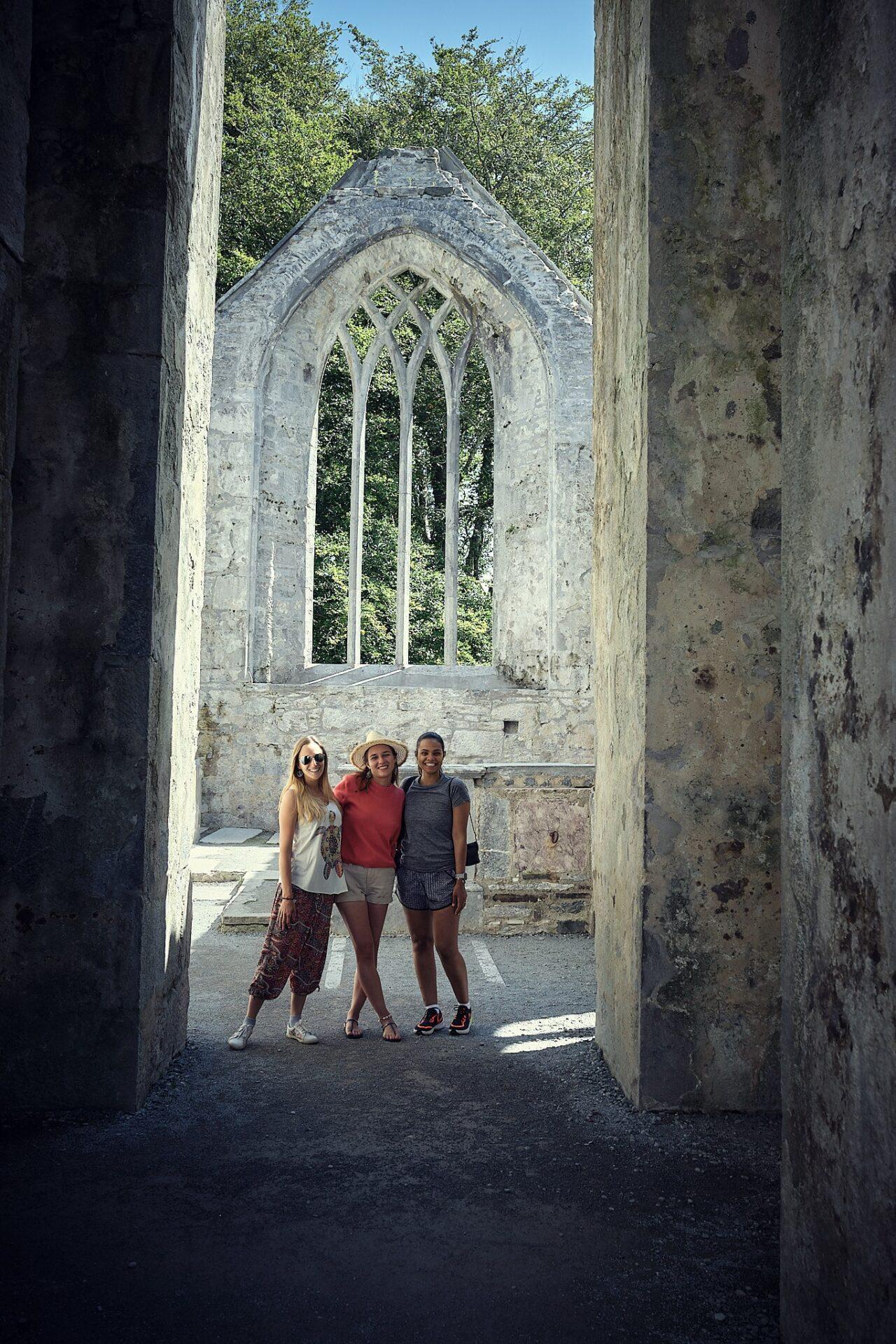 opactwo Muckross Abbey w Irlandii